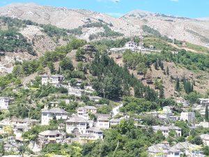 Wyjątkowe miejsca w Albanii – Gjirokastra